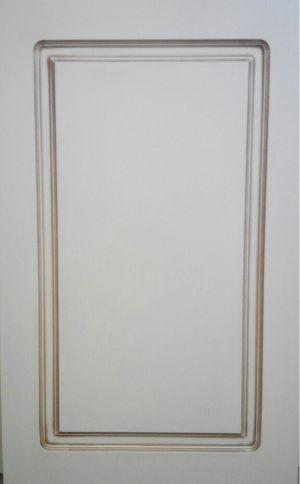 Рамочный фасад с филенкой, фрезеровкой 3 категории сложности Благовещенск