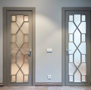 Двери с филенкой Благовещенск